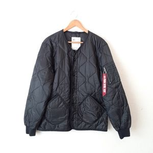 Alpha Industries Quilted Bomber Jacket Size Medium